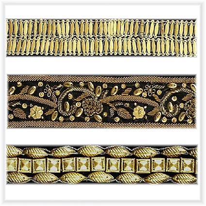 Rubans décorés de bijoux, faits main